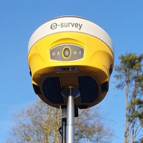 گیرنده GNSS مدل E600